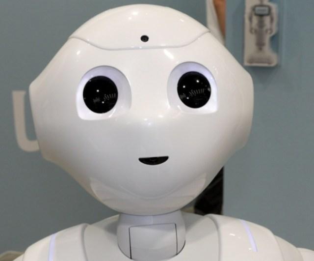 機械に仕事を奪われたら人間の未来はどうなる? ホーキング博士の答えが話題