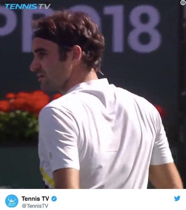 【神業テニス動画】さすがフェデラー! 何気なくやったプレーが神ってる