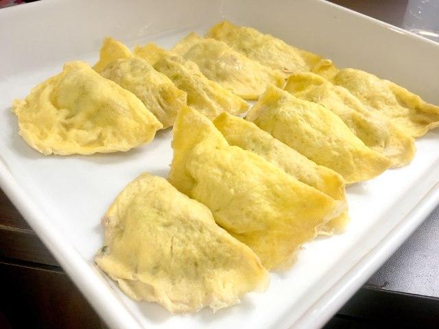 【レシピあり】本場中国の餃子は旨味&旨味の嵐! 薄焼き卵で包む「蛋餃(だんじゃお)」がメチャクチャうまい件 / 沢井メグのリアル中華:第6回
