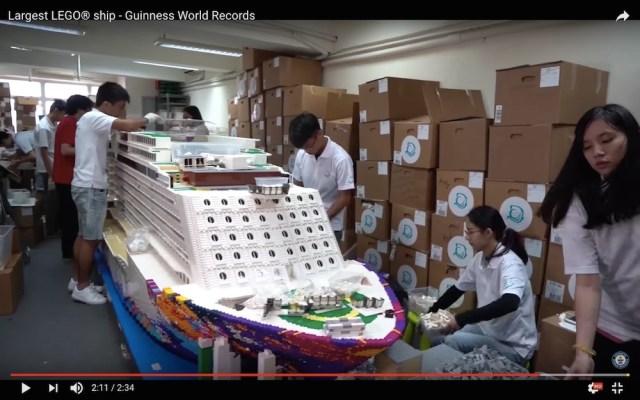 【レゴの日】250万個のブロックで作った「世界一大きいレゴの船」が圧倒的デカさ! もはやレゴに作れないものはない!?