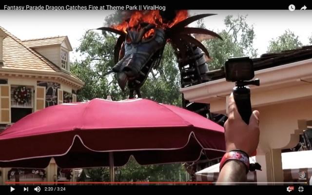 【動画あり】米ディズニーで火災発生! マレフィセントドラゴンが頭部から大炎上する事態に