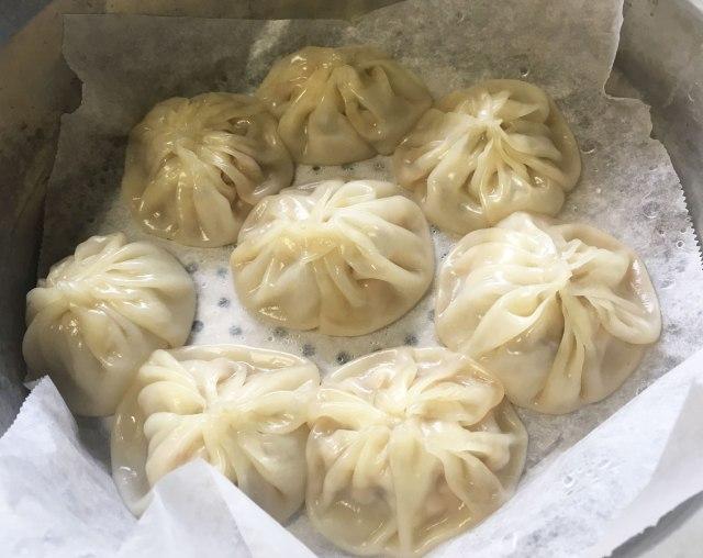 【レシピあり】スープたぷたぷな「小籠包」を作りたい! 餃子の皮とゼラチンがあれば餃子より簡単なのだ / 沢井メグのリアル中華:第11回