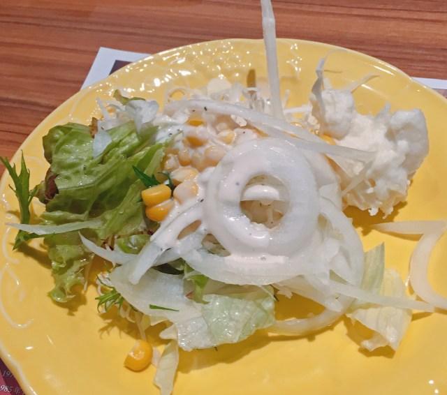 「シェフの気まぐれサラダ」はどのくらい気まぐれなのか? 関係者に尋ねた結果、衝撃の事実判明!