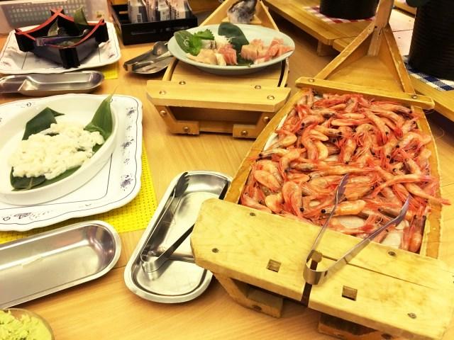【小声】寿司カニ食べ放題・アルコール飲み放題で1泊8574円の熱海旅行がただの天国だった件 / ウオミサキホテル