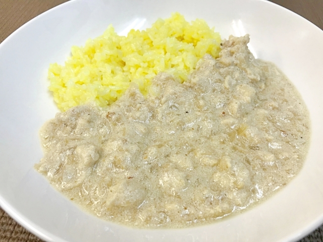 【究極レシピ】カレー研究家オススメの「白いカレー」を作ってみたら超カンタンなのに激ウマだった! 市販のルーは必要なし!!