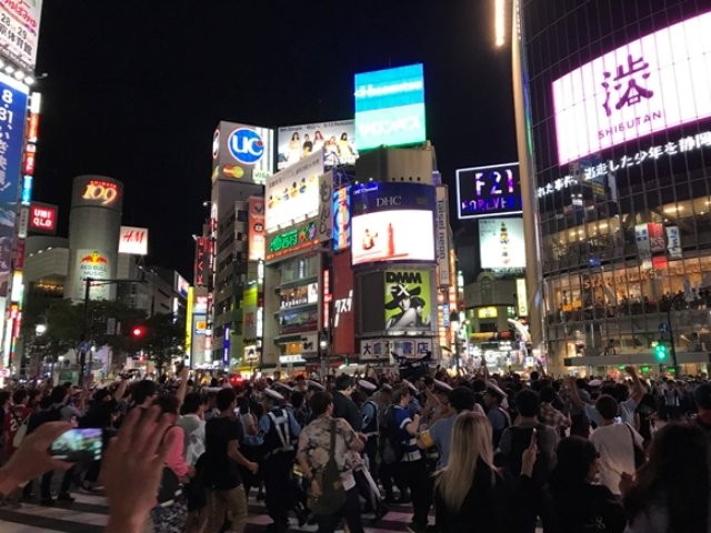【注意喚起】今夜の渋谷は絶対カオス! スクランブル交差点は大混乱か? 警視庁「数百人の機動隊員を待機させる」