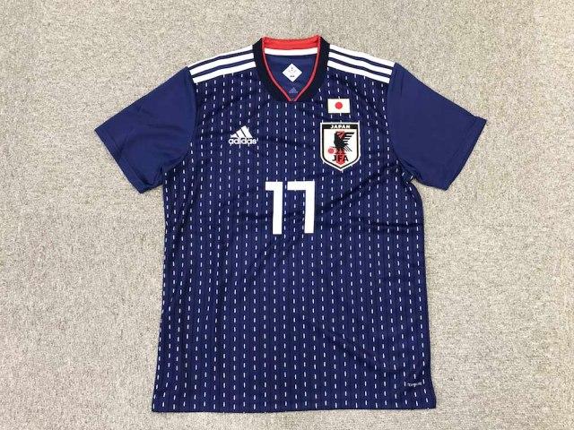 【ロシアW杯】日本代表のユニフォームが「格付けチェック」で高評価! 英国メディアが「イケてる」と太鼓判