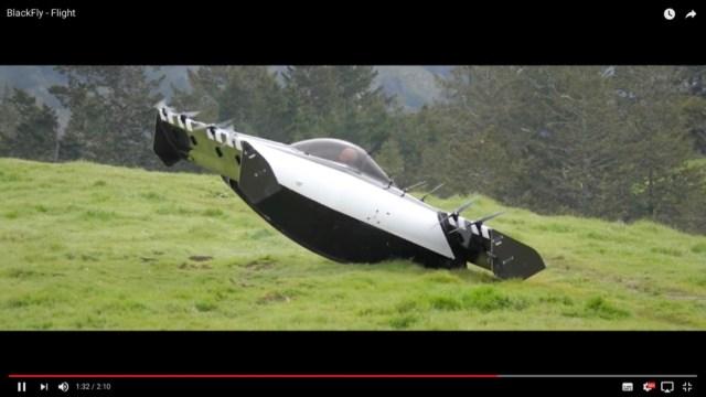 ついに個人で空を飛ぶ時代が来る! 垂直に離着陸可能な乗り物「BlackFly」が2019年の早期に一般発売か