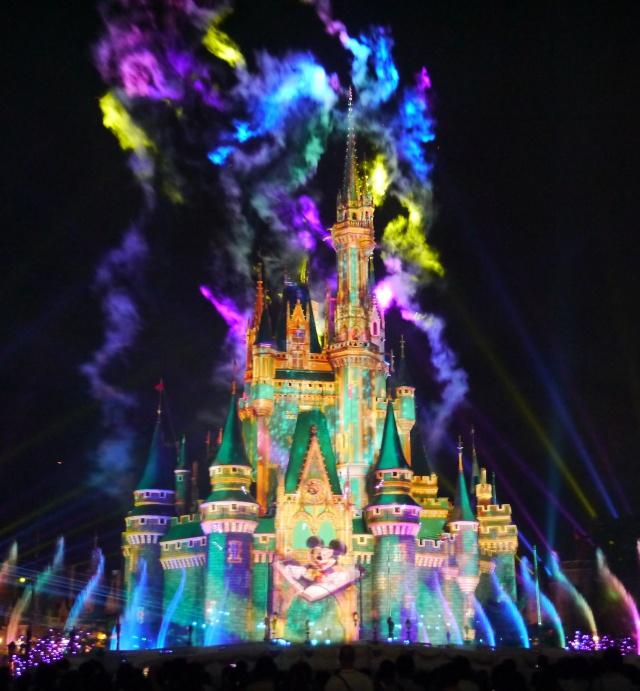 【画像多数】ディズニーオタクが東京ディズニーランドの「新プロジェクションマッピング」と「新ショー」を体験してみた結果 → 踊って笑って泣いた