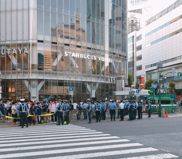【W杯】サッカー日本代表 ベルギーに敗れる! その時、東京・渋谷スクランブル交差点は!?