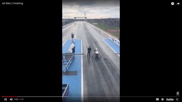 【世界最速】時速460km! ロケットエンジン搭載のバイクがまるで飛んでいるかのよう