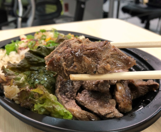 ステーキを半額でゲット!! 飲食店の余った料理を格安で購入できるサービス「TABETE」を使ってみたら、コスパ以上の幸福感があった