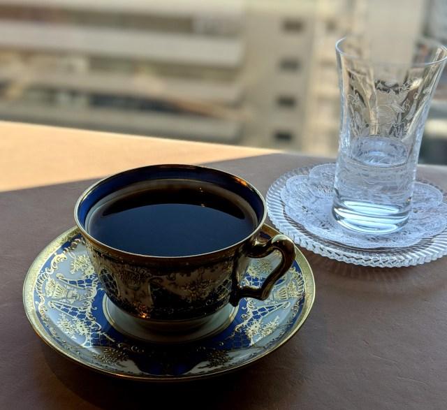 俺は何を血迷ったのか銀座で1万円を超えるコーヒーを飲んでしまった…… / さらにお店のメニューに驚愕したでござる