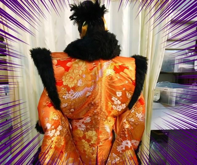 北九州のド派手成人式を支える貸衣装店『みやび』でオッサンがバリバリの新成人スタイルに変身した結果 → 得体の知れないバケモノが誕生したでござる