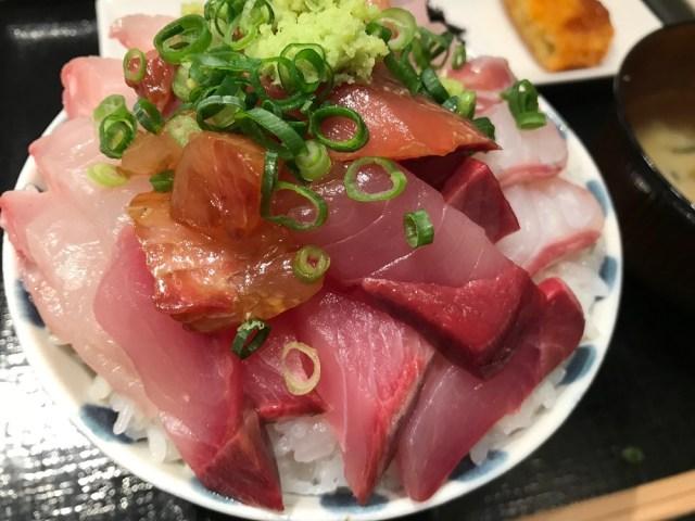 1度だけ刺身を盛り放題できる「海鮮丼」にワクワクが止まらない! 市場直送の鮮魚を豪快にどんぶり飯で食えるぞ!!