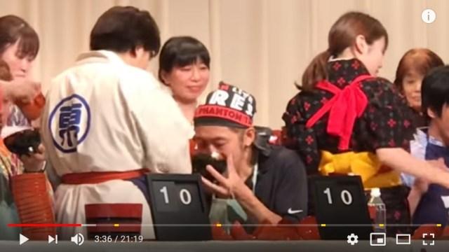 【前人未踏】「全日本わんこそば選手権」の新記録がヤバすぎる → 15分間でなんと……!