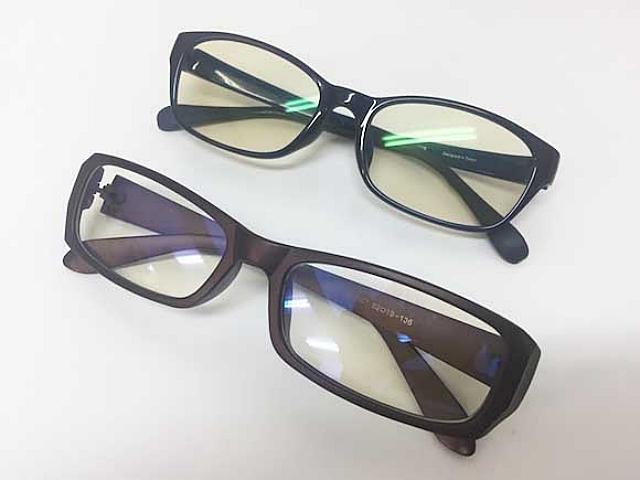 【悲報】20~30代女性の54%が「メガネが〇〇している男」を残念に思っていることが発覚! どうすりゃいいんだよ……!!