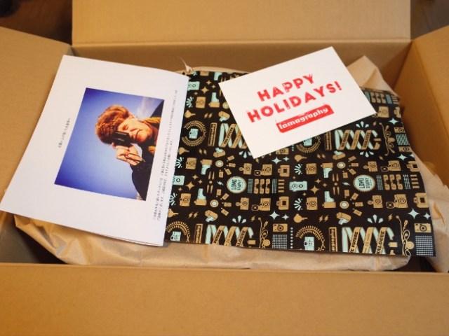 【2019年福袋特集】『ロモグラフィー』の35MMフィルムカメラ福袋(4999円)の中身がこちら! 今すぐ写真を撮りたくなる内容で元を取った感が満載!!