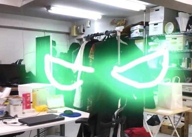 【SNS映え】動画アプリ『LightSpace』の落書き機能が超スゴイ! 空中に実在するかのような「3D落書き動画」はTikTok・インスタ映え必至!!