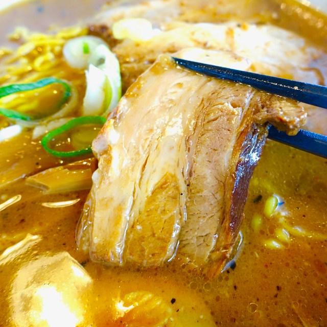 濃厚みそスープ&柔らか肉厚チャーシューがたまらない『合わせみそラーメン』が人気の店「たけ蔵」札幌市清田区