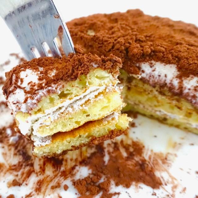 ローソンの「ティラミス仕立てのクリームパンケーキ」がウマそうだったので食べてみた →  食感と味のバランスが絶妙すぎる罪深いスイーツだった