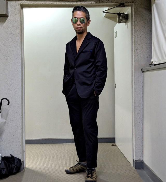 【衝撃】絶大な人気の「スーツに見える作業着」を買ったら、そのカッコよさと価格にビビり上がったでござる!