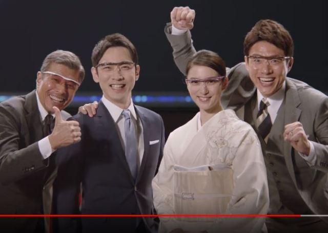 【待望】「ハズキルーペ」の新CMが公開される! 松岡修造も電撃参戦でさらなるカオスへ