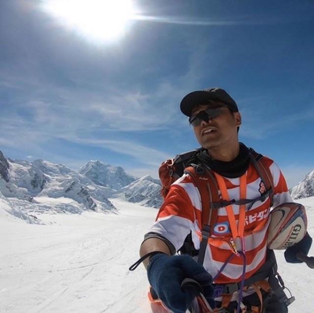 脱サラして世界初の「ラグビー登山家」になった日本人がいた! ラグビーW杯を盛り上げるため出場国の最高峰山頂へトライ中