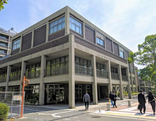【役所メシ】横浜市庁舎の地下1階でハマを代表する老舗洋食店を発見! 安くて美味い本格オムハヤシを食べてきた!「第三食堂かをり」