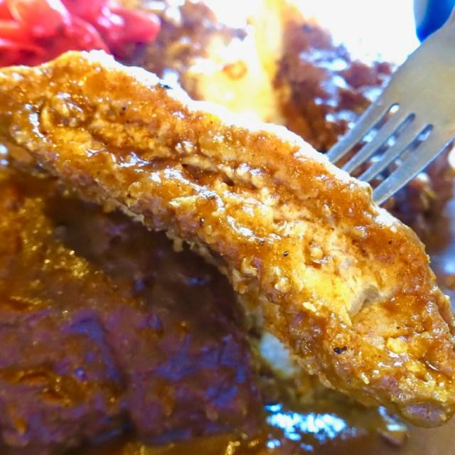 巨大トンカツ&エベレスト級のライスがヤバい! デカ盛りの名店「岩見沢市・未来亭」のカツカレーを食べてきた