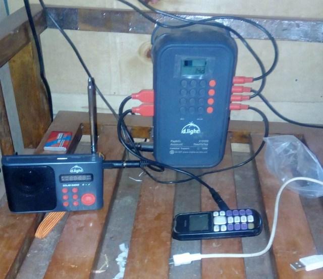 電気のない村に住むマサイ族のスマホ充電事情2019年最新版 / マサイ通信:第265回