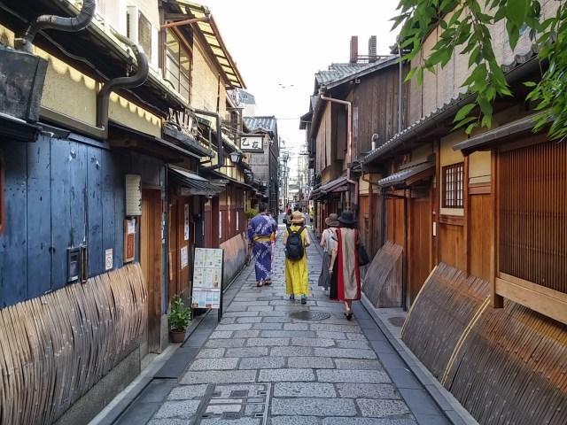 【不思議空間】ハードロックと京町家は共存するか? 歴史と伝統の街・祇園にオープンした「ハードロックカフェ京都」に潜入してきた!!
