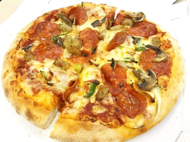 """【激安】ドミノ・ピザが期間限定で """"とんでもないセール"""" を実施中! Mサイズピザが1枚600円だァァァァアアア!! 持ち帰り限定で7/9まで"""