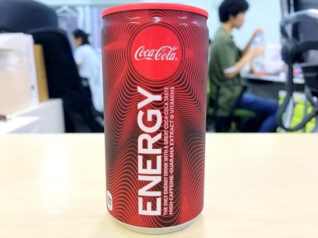 【喝】コカコーラのエナジードリンク『コカ・コーラ エナジー』を飲んでみた感想 → 何がしたいんだコラ!