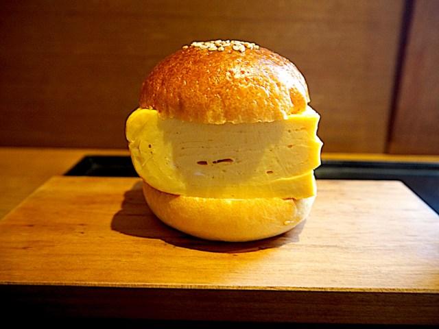 まるでハンバーガー! インスタ映えする「だし巻きサンド」を食べてみたら、見た目以上の美味しさに感動した / 京都・ノットカフェ
