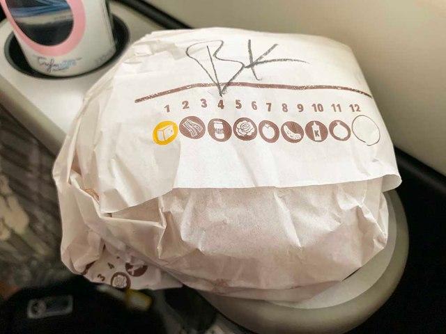英語のできない俺がイギリスの『バーガーキング』で適当に注文したらとんでもないものが出てきた