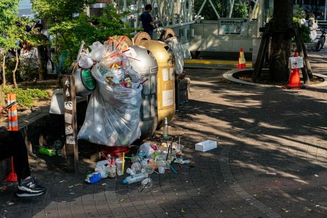原宿にタピオカ専用ゴミ箱が爆誕 / そもそも日本の都市に公共のゴミ箱が少なすぎると感じることについて