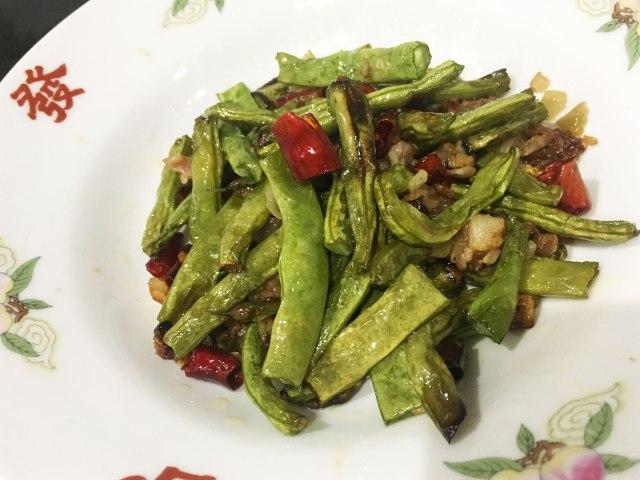 【レシピあり】中国版 無限インゲン「干煸四季豆(ガンビエンスージードウ)」が感動的にウマイ! ストレスなく大量消費できるよ / 沢井メグのリアル中華:第12回