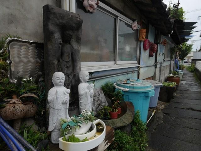 【別府温泉】仮面だらけの骨董店オーナーは92歳! ステキな九州みやげを見つけてきたよ!  Byクーロン黒沢