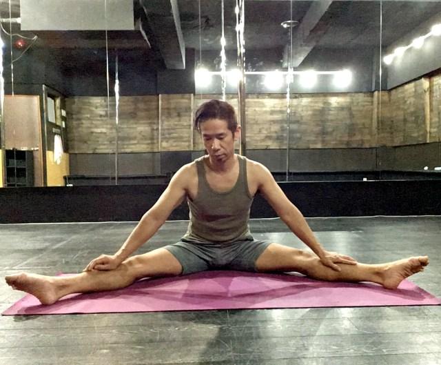 【実践】ストレッチを2年半以上続けたら、開脚で顔が床につくようになった!