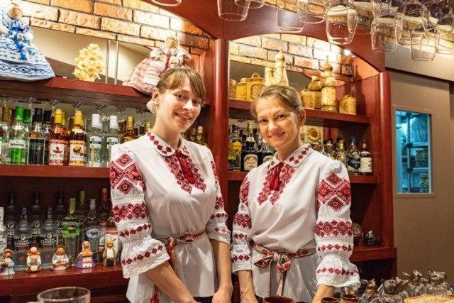 素朴でやさしい味に、ベラルーシが故郷だと錯覚させられる「ミンスクの台所」ウォッカとニシンとビーツの呼び声