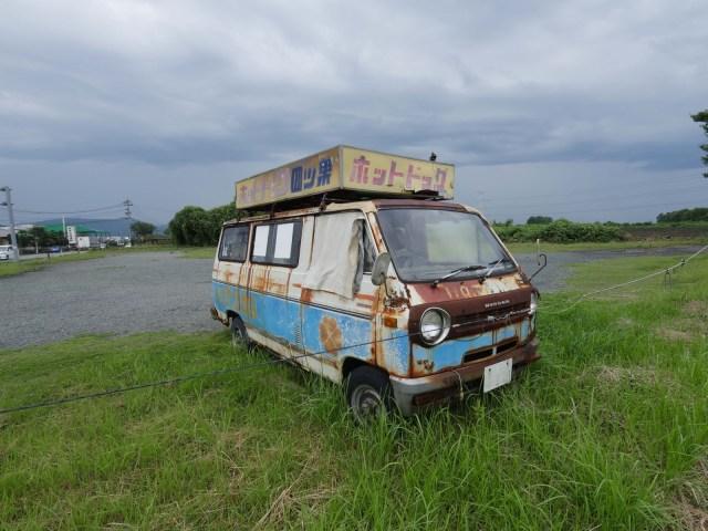 【廃車じゃないよ】熊本の超人気ホットドッグ店は超が付くほどオンボロだった Byクーロン黒沢