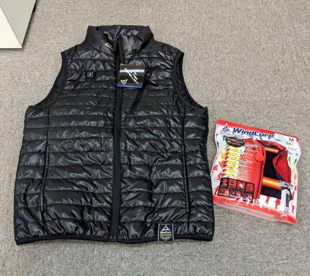 発売直後から人気爆発! ワークマンの「着るコタツ」ことヒーターベストがマジであったけえ! この冬はコレだな!!