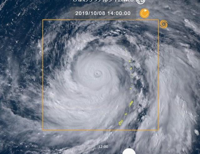 【最強レベル】列島直撃コースの「台風19号」を宇宙から見た画像がヤバすぎて笑えない / コレが3連休に来るのかよ…!