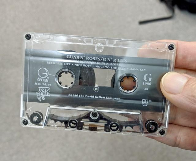 """約20年ぶりに「カセットテープ」で音源を聞いてみたら、何とも言えない """"間"""" にグッと来た!"""
