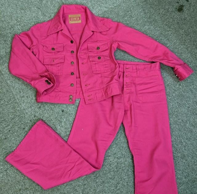 """林家ぺー師匠モデルの """"ピンク"""" のジーンズセットアップが発売開始! 実際に着てみたら最高だったッ!!"""