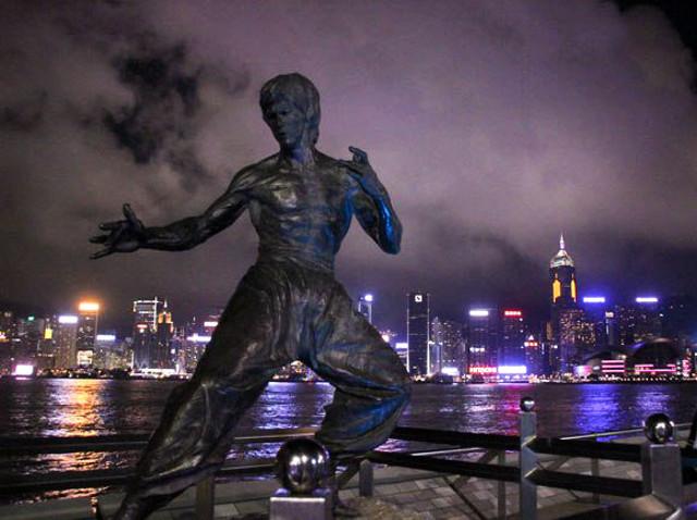【教えて】香港の民主化デモを見て思うところもあるけれど、結局何をしたらいいかわからない