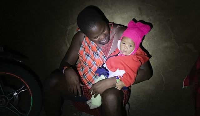 問「マサイ族は赤ちゃんの夜泣きにどう対応していますか?」に対するマサイ族の戦士(3児の父)の回答 / マサイ通信:第317回