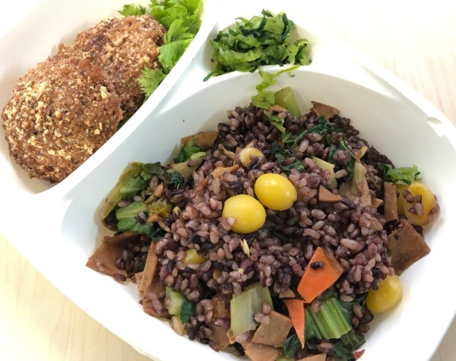 肉を毎日食っているメタボ男性が『ヴィーガン専門のコンビニ』に行ったら「毎日でも食べたいもの」があった