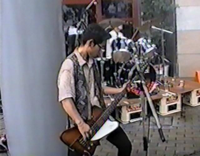 【実話】25年前に撮影したVHSのビデオをDVDにダビングして確認したら、トンでもない映像が出てきた!